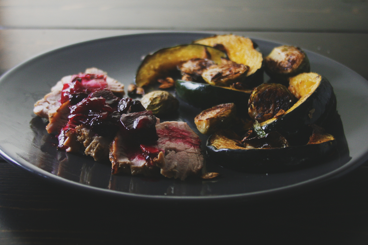 7-6-5 Pork Tenderloin with Pear Beet Chutney and Roasted Vegetables + Weekend Wrap Up