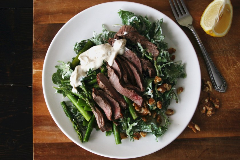 steak-salad-peppercorn-yogurt-dressing-2