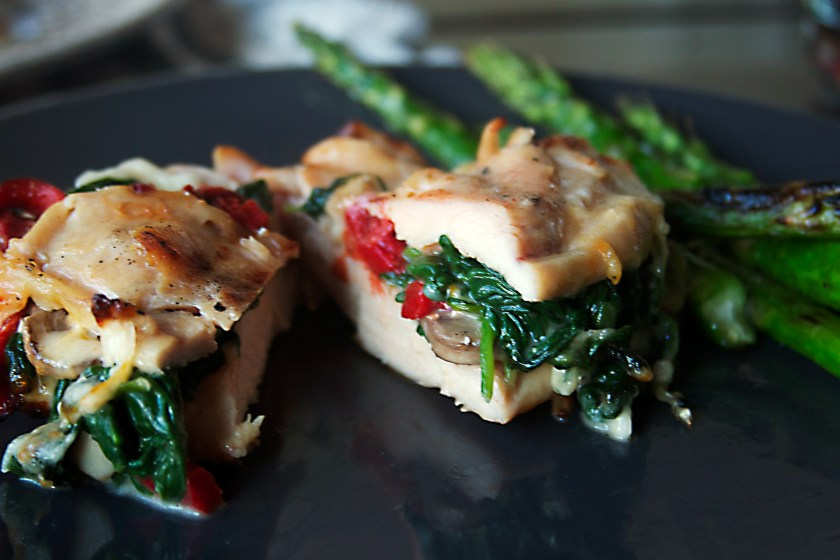 spinach-mushroom-bell-pepper-stuffed-chicken-breast-7