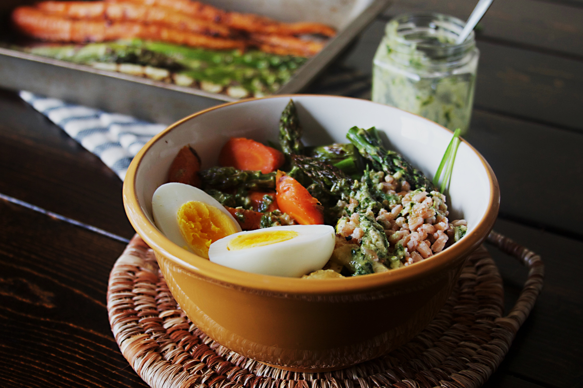 Grilled Vegetable Farro Bowl with Tarragon Basil Pesto