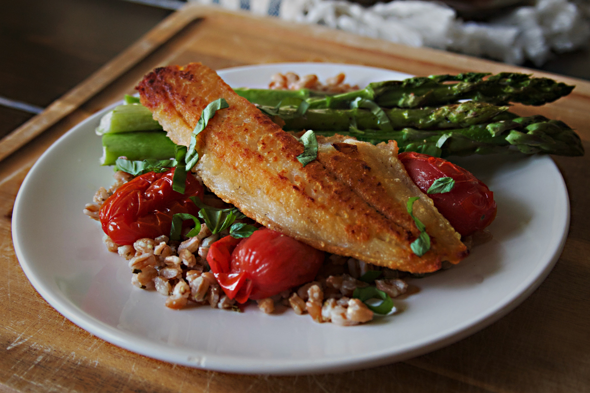 Pan Fried Walleye over Farro with Asparagus and Blistered Tomatoes