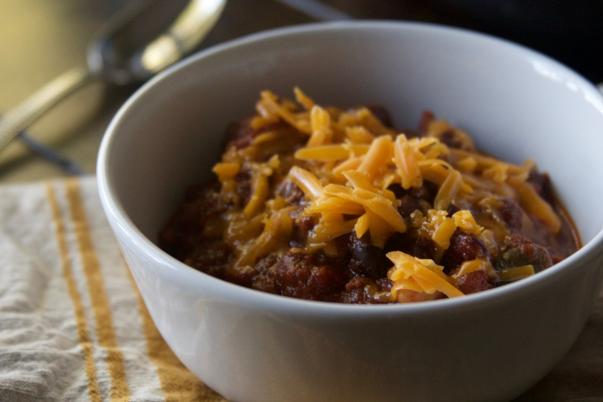Hearty Stew Meat Chili with Beans