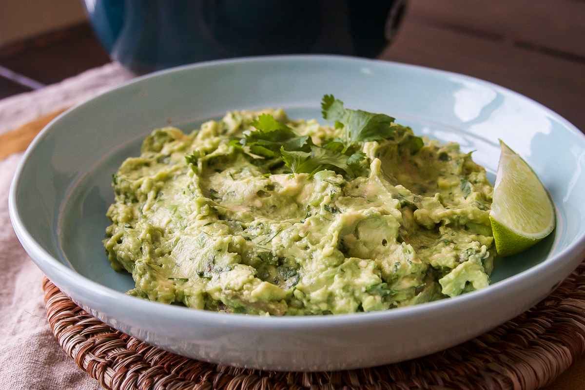 Easy 4 Ingredient Guacamole