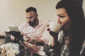 deya romero and alfonso know where coffee