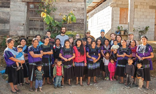 Amavida sells bracelets made by female artisans from coffee-producing communities in Chiapas, Mexico—pictured with representatives from On the Ground Global—to support Project Chiapas. Photo by Jack Gardner.