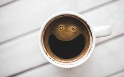 How coffee can affect your teeth.