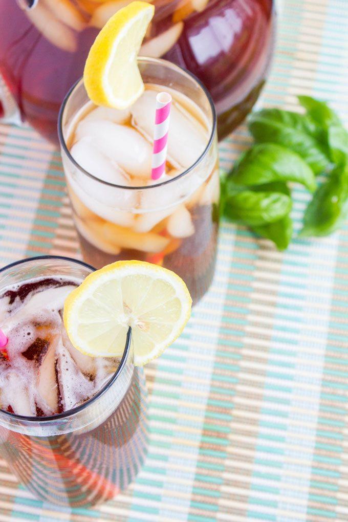 Making-Bigelow-Iced-Tea-3