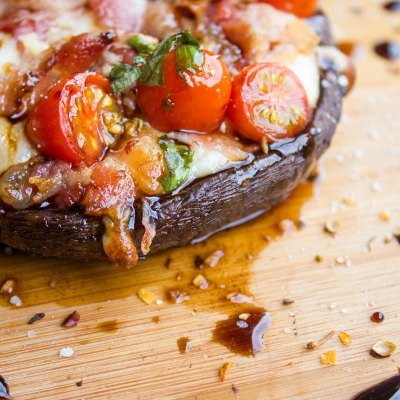 Bacon Caprese Stuffed Portobello Mushrooms #SundaySupper