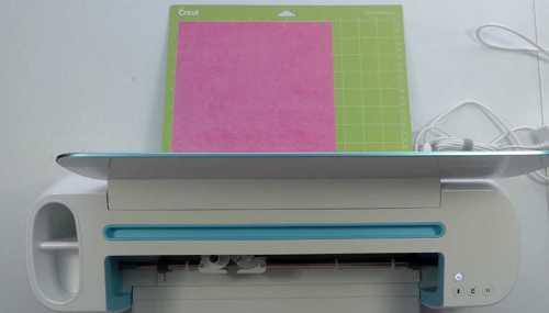 Set up your Cricut so the mat can pass through the cricut cutting machine