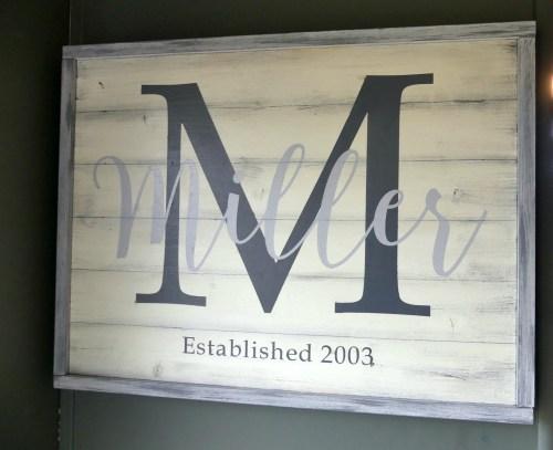 DIY Framed wooden farmhouse sign