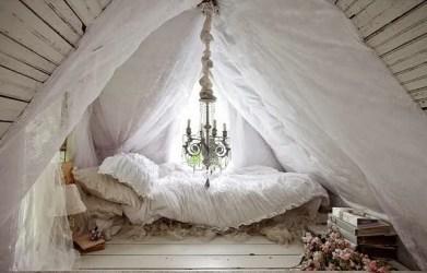 Shabby chic fairytale Victorian cottage Daily Dream Decor