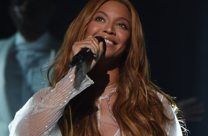 Twitter's 10th Birthday, beyonce grammys