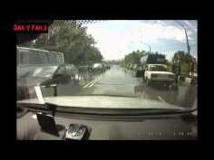 Daily Fails Lada Driver Experiences Aquaplanning on Russian Roads ►