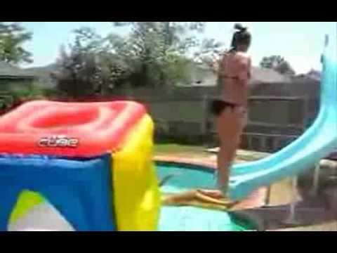 Bikini Girl Fail