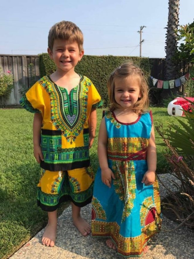 Incredible: American children rock Nigerian clothes