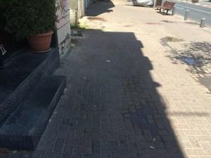"Tel aviv trademarks it's ""dry pee on the sidewalk"" scent Daily Freier Israel"