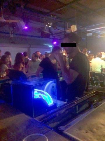 Tel Aviv's Shittiest Bartender Daily Freier
