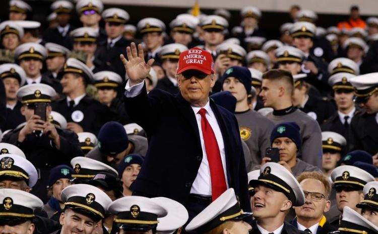 Screaming Fans Shower President Trump With Love At Army / Navy Game [WATCH]
