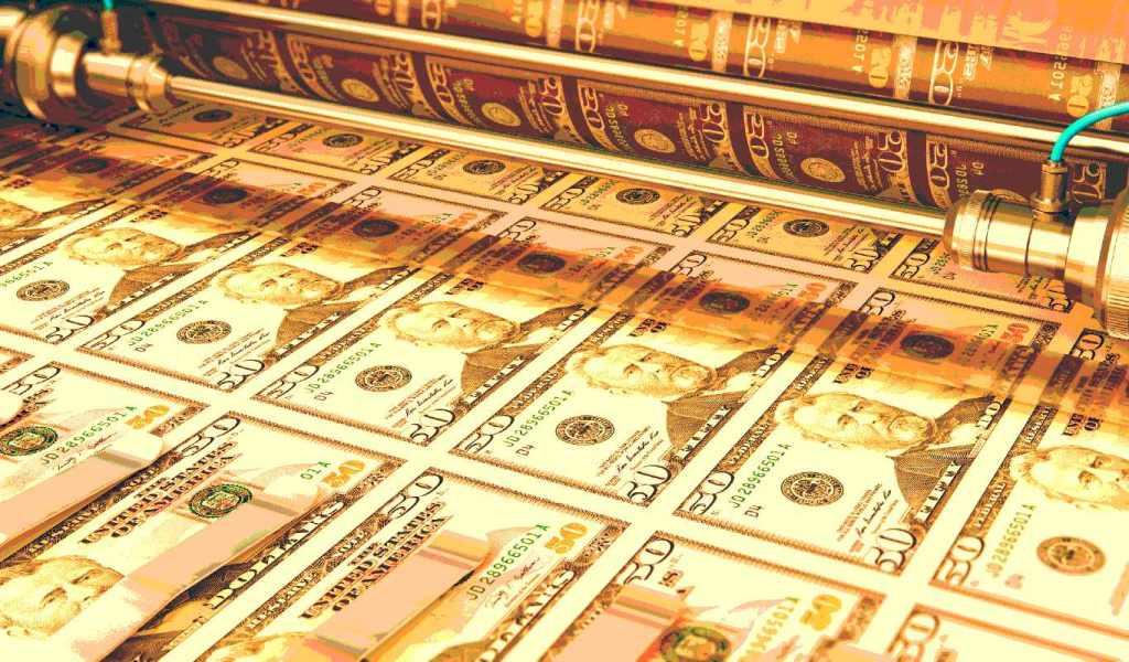 US Senator Says Bitcoin Going Mainstream Amid Massive Money Printing