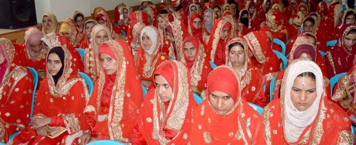 شادی بیاہ میں رسوماتِ بد… ایک ناسور۔۔ایس احمد پیرزادہ