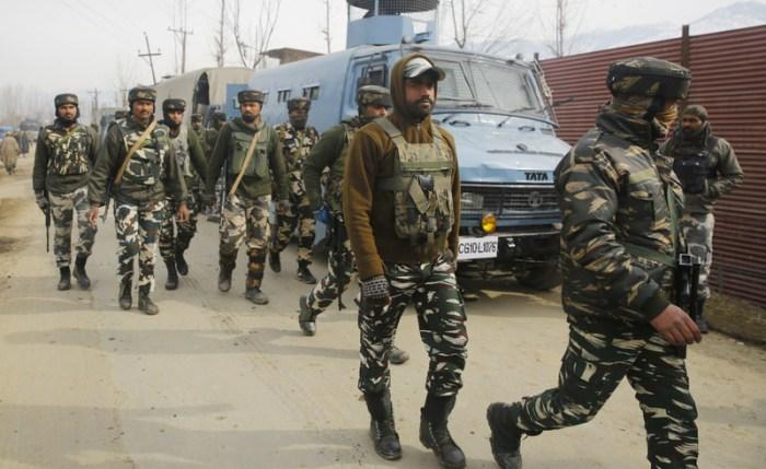 اکنگام کوکر ناگ کا فوجی محاصرہ اور گھر گھر تلاشیاں