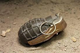 ترال میں نیشنل کانفرنس لیڈر کے گھرکے باہر گرنیڈ حملہ ، کوئی نقصان نہیں