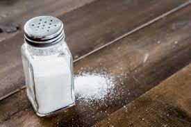 نمک کا زیادہ استمعال کرنے سے وادی میں معادے کے کنسر بیماری میں تشویشناک اضافہ ہورہا ہے۔۔۔