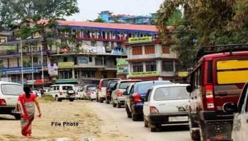 قصبہ بارہمولہ میں بس اڈہ پر اُٹھا تنازعہ،سومو اور بس ڈرائیوران آمنے سامنے