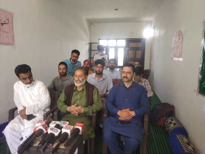 Shopian Working Journalists' Association ( SWJA) constituted a body on Saturday.