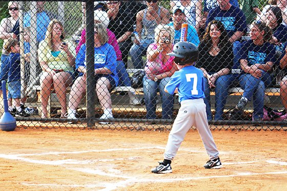 10 Tips for Photographing Kids' Sports 1 Daily Mom Parents Portal