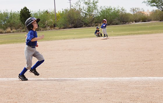 10 Tips for Photographing Kids' Sports 2 Daily Mom Parents Portal