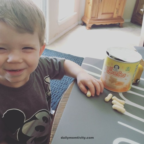 Gerber lil'beanies snacks make the perfect snacks for toddlers