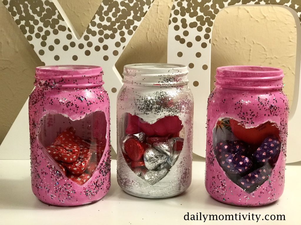 Painted Mason Jars The Perfect Diy Valentine S Day Gift Daily Momtivity