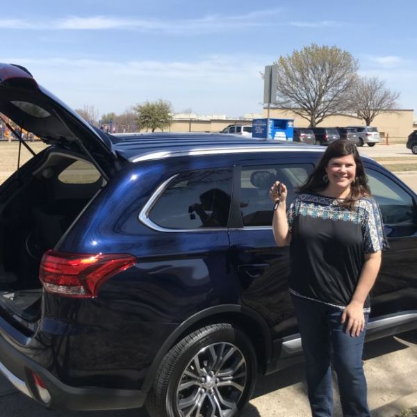 Why This Mom Loved the Mitsubishi Outlander