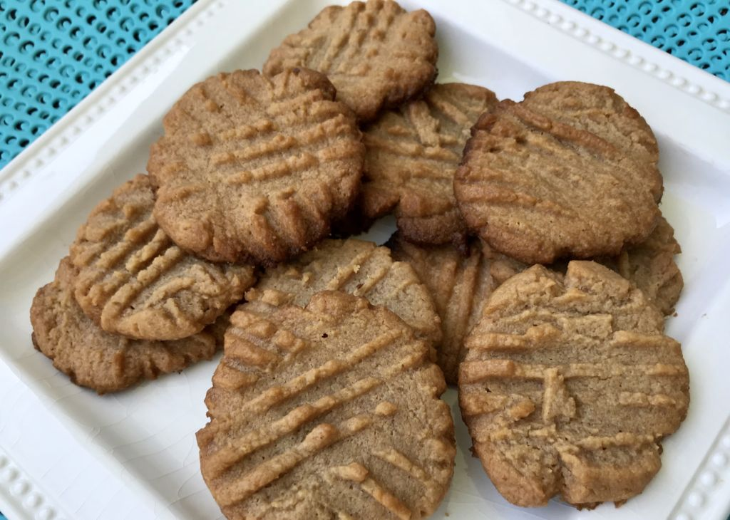 easy to make 3 ingredient peanut butter cookies