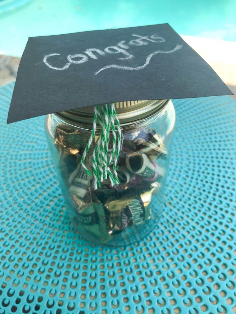 graduation hat jar, DIY graduation gift idea