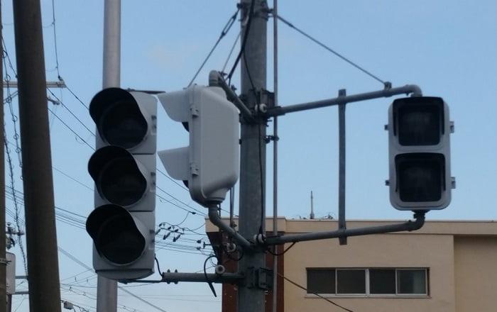 大阪府吹田市で停電!原因はマンホール爆発?3万4千件が暑くて大変な状況に!
