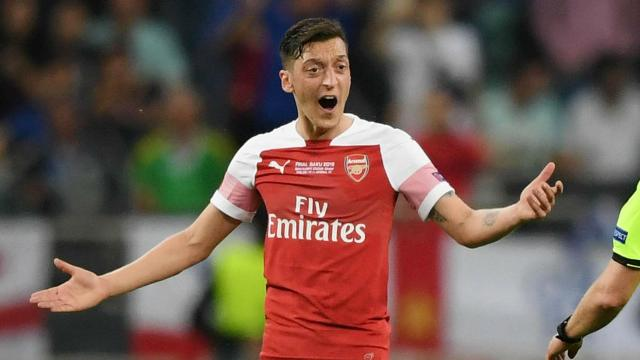 Transfer: Ozil 'closer than ever' to Arsenal exit