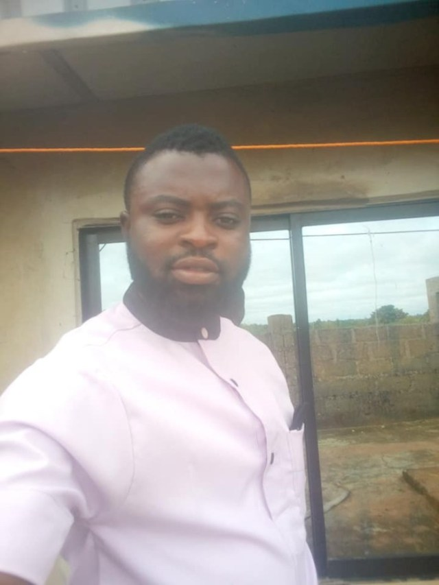 Drama as Gov's aide threatens suicide over non-payment of salary