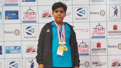 Indian teenager swims 36km across Arabian sea, sets record
