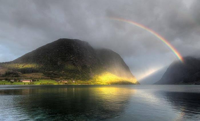 Amazing Nature 12 Beautiful Rainbow Images