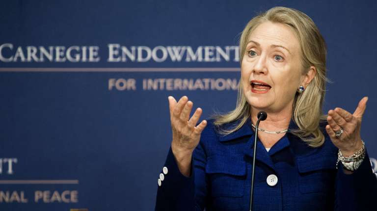 """US Secretary of State Hillary Clinton delivers remarks on the """"State of International Religious Freedom"""" 30 July 2012 at the Carnegie Endowment for International Peace in Washington, DC (photo: AFP /Paul J. Richards)"""