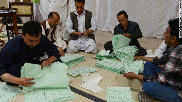 ملک بھر میں ووٹنگ کا وقت ختم، پاکستان کا اگلا وزیراعظم کون؟ فیصلہ کچھ دیر بعد