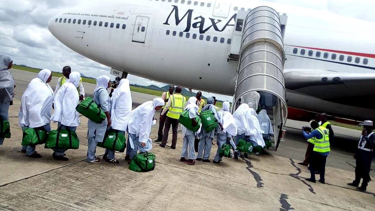 The Adamawa Muslim Pilgrims Welfare Commission has refunded N53,035,000 deposits to 46 intending pilgrims that requested for it. The commission did so since the 2020 holy Pilgrimage to Saudi Arabia had been aborted due to the outbreak of Coronavirus pandemic. The News Agency of Nigeria ( NAN) reports that the Kingdom of Saudi Arabia had […]