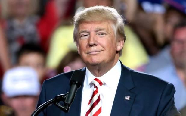 امریکی صدر نے چینی ایپلیکیشنز پر پابندی کے حکم نامے پر دستخط کر دیے