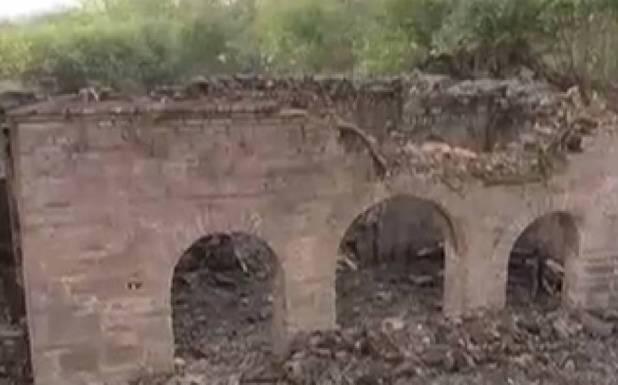 اسلام آباد میں جھیل کے اندر سے تاریخی مسجد دریافت ہوگئی