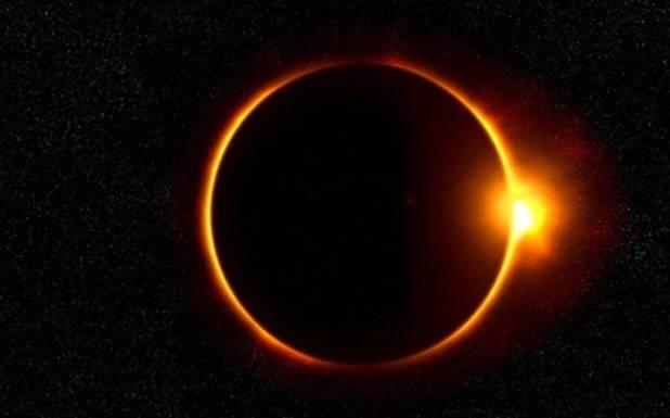 رواں سال کاپہلا سورج گرہن آج کتنے بجے شروع ہو گا ؟ جانئے