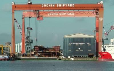 کوچن شپ یارڈ پر بحری جہاز میں دھماکہ، 5 افراد ہلاک ، 11 زخمی