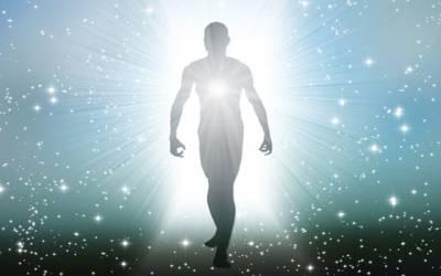 موت کے بعد ارواح اپنے گھر والوں سے ملنے کس دن آتی ہیں؟ اسلام کی روشنی میں چونکا دینے والی باتیں