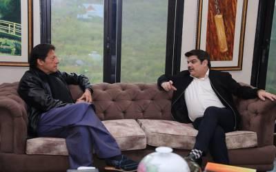 """""""عمران خان کے سیاسی مخالفین کیلئے بری خبر ہے کہ ۔۔۔ """" مبشر لقمان نے وزیراعظم سے ملاقات کے بعد اپوزیشن کو جھٹکا دے دیا"""